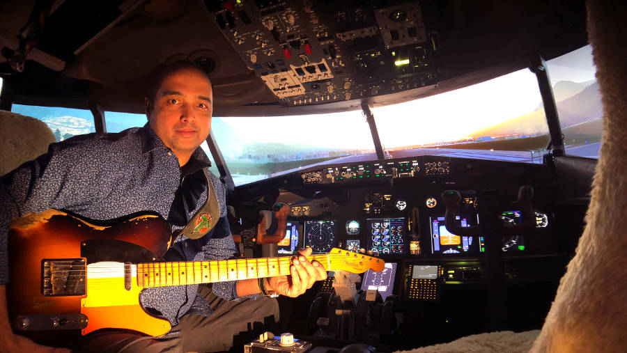 Asif Illyas Live On The Flight Deck